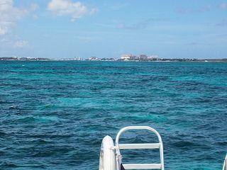 NassauSnorkelingBoatBack